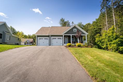 24 Three Ponds Drive Brentwood NH 03833