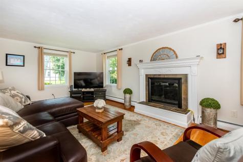 11 Grandview Terrace North Hampton NH 03862
