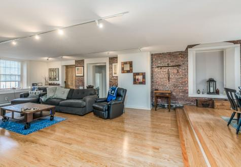 348 Maplewood Avenue Portsmouth NH 03801
