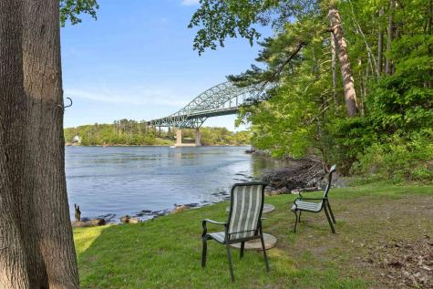 10 Crescent Way Portsmouth NH 03801