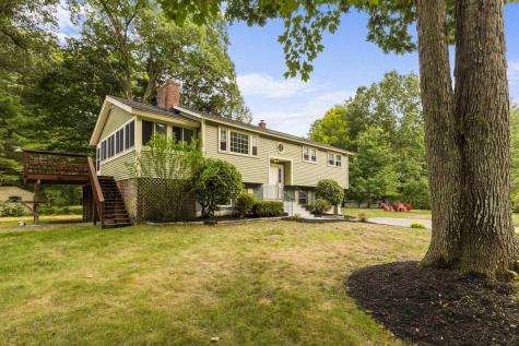 10 Thelma Drive Exeter NH 03833